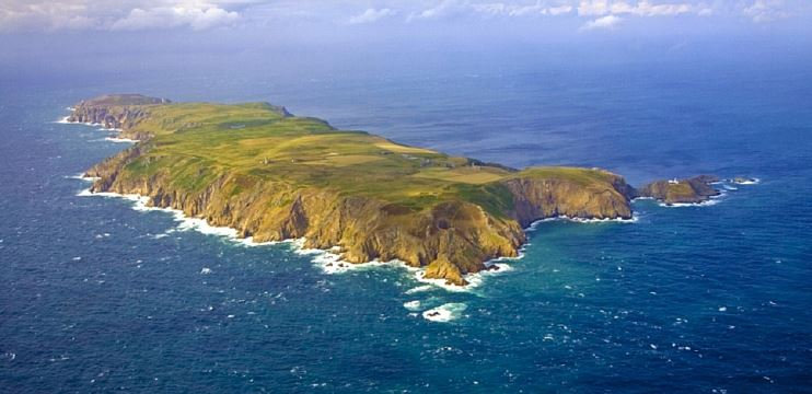 Lundy from the air © Jonathan Evans